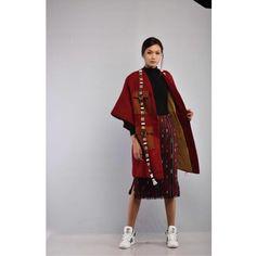 House.of.Hannah (@house.of.hannah) Northeast India, Filipiniana, India Fashion, Traditional Dresses, Ethnic, Kimono Top, Sari, Indian, Woman Clothing