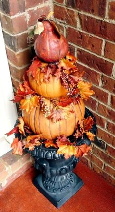 47 DIY Fall Pumpkin Topiary Ideas to Try # and Garden Pumpkin Planter, Pumpkin Topiary, Autumn Decorating, Pumpkin Decorating, Decorating Ideas, Porch Decorating, Fall Topiaries, Flea Market Gardening, Gardening Hacks