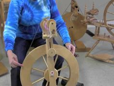 The Woolery Demonstrates Double Drive and Scotch and Irish Tension for Spinning Wheels. (I am building my own spinning wheel and I am going to use the Irish tension single drive set up using a spindle rather then a bobbin to take up the yarn. (See the demo on the Irish tension Louet.)