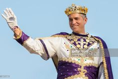 Nachrichtenfoto : Actor Jim Caviezel reigns as King of Bacchus...