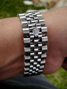 Rolex Super Jubilee Bracelet with Crown Clasp. Luxury Watches, Rolex Watches, Watches For Men, Rolex Bracelet, Gents Bracelet, Initial Pendant Necklace, Personalized Necklace, Necklace Lengths, Fashion Necklace