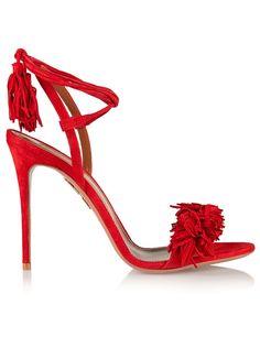Sandalia de tacón color rojo de Aquazzura.