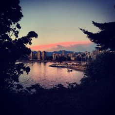 Sunset in west vancouver near Kitslano Beach Wind In My Hair, Cool Places To Visit, Vancouver, Seattle, River, Sunset, City, Beach, Pictures