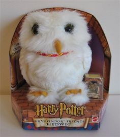 """HARRY POTTER - GRYFFINDOR FRIENDS 7"""" HEDWIG PLUSH WITH CHARM"""
