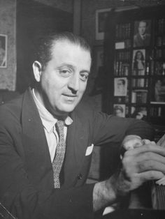 Francisco Paulo Mignone (September 3, 1897, São Paulo – February 19, 1986, Rio de Janeiro) was one of the most significant figures in Brazilian classical music, and one of the most significant Brazilian composers after Heitor Villa-Lobos. In 1968 he was chosen as Brazilian composer of the year