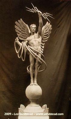 Картинки по запросу angel statue