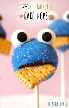 Cookie Monster cake pops for the niece and nephew <3