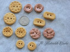 Gold/bronze buttons by The Hookeraholic Crochet.