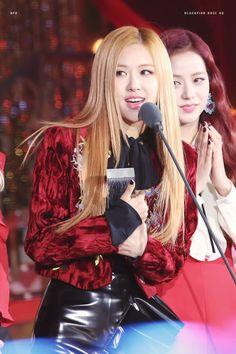 BLACKPINK    Rosé (2016 Melon Music Awards)