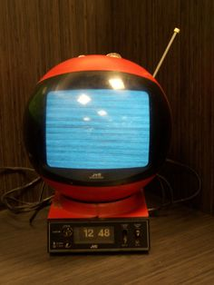 1970s RED JVC Videosphere TV Television Clock Model 3241 Movie Prop The Matrix #JVC
