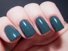 Better Together, Contrary Nails