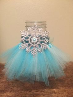 Birthday Party Decorations 381820874661135659 - Birthday party frozen decoration diy snowflakes trendy Ideas Source by Ze_Griffe Frozen Party Table, Frozen Party Decorations, Frozen Themed Birthday Party, Disney Frozen Birthday, Birthday Party Centerpieces, Disney Frozen Centerpieces, Cumple De Frozen Ideas, Elsa Birthday Party, Diy Birthday