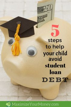 Student loan debt is crushing a generation. But it doesn't have to be that way! Here are five crucial steps to minimize or eliminate the need for student loans. Apply For Student Loans, Private Student Loan, Student Loan Debt, Ways To Save Money, Money Saving Tips, Money Tips, Managing Money, Saving Ideas, Student Loan Calculator
