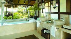 Decorating Natural Bathrooms