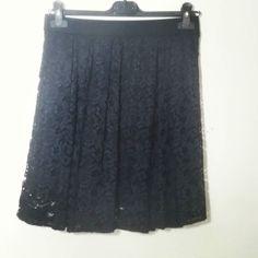 # gonna #corta #merletto #nero #piegoni #valeria #abbigliamento
