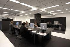 #Office #Tuesday – Gummo: Nieuw 'tweedehands' kantoor. Bijzondere open werkplek ingericht met tweedehands #meubels. Erg stijlvol en #duurzaam.