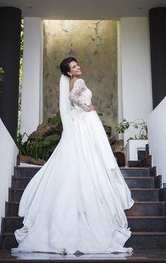 What a stunning bride - Darrell Fraser Photography at Summerplace, Sandton, South Africa #bride #wedding #beauty #portrait #elisaab #weddingdress