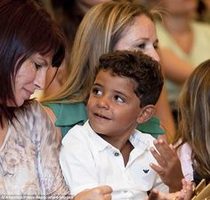 Cristiano Ronaldo's four-year-old son still has no idea who his mother is, and his family have no intention of telling him. Cristiano Jr, Cristiano Ronaldo Junior, Cristino Ronaldo, World Best Football Player, Football Players, Cr7 Jr, Four Year Old, Real Madrid, Cute Kids