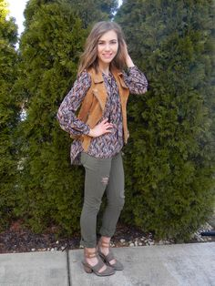 Today on emilyehardt.com I'm showing you how to add a little edge to your casual look this season with a suede moto vest! Be sure to visit for styling tips and tricks every week! #StayClassy #fashion #fashionista #fashionstyle #fashionable #style #stylish #stylist #outfit #ootd #ootn #outfitoftheday #pretty #cute #suede #vest #edgy #cool #look #gold #glam #blog #blogger #bloggerfashion #fashionblogger #fashionblog #insta #instafashion #blanknyc #spring
