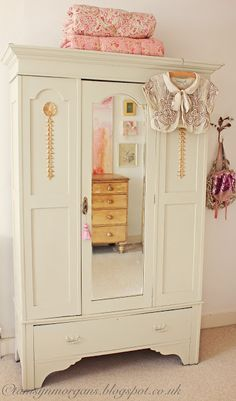 E ting pink plastic muebles armario dollhouse accesorios - Accesorios para armarios roperos ...