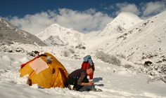 Discover 9 ways how to keep warm in your tent during those cold nights.