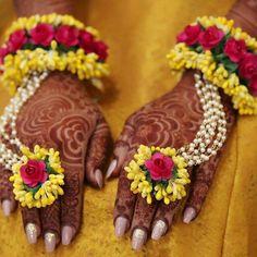 1 Pair of Hot Pink & Yellow Gotapatti flower bracelet hathphool Hand Harness for Mehandi / Sangeet Wedding for Girls / Women Bridal Flowers, Red Flowers, Paper Flowers, Flower Jewellery For Mehndi, Flower Jewelry, Henna, Haldi Ceremony, Mehndi Ceremony, Hand Jewelry
