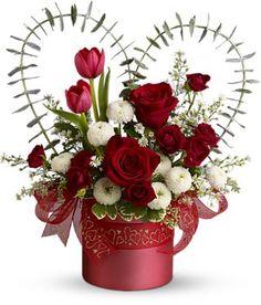 flores con caja de regalos para cumpleanos - Buscar con Google