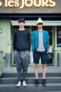 #streetstyle #menswear #fashion #design #jumper #stripe #trainers #tartan #beanie #sandals #korean #bloggists #seoul #streetstyle #men #menswear #menstyle #mensfashion #fashion #style #ceosmanfashion