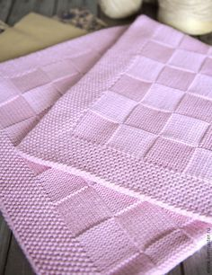 Pink Baby Blanket for Neighbours Baby Due in June - Helen Pullen - The Over the Rooftops Blanket KNITTING PATTERN is easy to knit with super bulky weight yarn and big needles. Looks like checkerboard pattern with alternating blocks of I made one just like Baby Knitting Patterns, Knitting Stitches, Baby Patterns, Free Knitting, Stitch Patterns, Pink Baby Blanket, Baby Blanket Crochet, Crochet Baby, Afghan Patterns