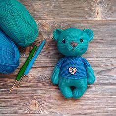 Медвежонок. Маленький и какой- то удивлённый #амигуруми#игрушки#игрушкикрючком#вяжукрючком#вязанаяигрушка#игрушкидлядетей#ручнаяработа#handmade#studiya_handmade24#weamiguru#handmade_ideas_for_you
