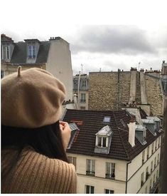 Discovered by Find images and videos about girl, aesthetic and city on We Heart It - the app to get lost in what you love. Beige Aesthetic, Aesthetic Photo, Rio Sena, Anna And The French Kiss, My Little Paris, Paris Mode, Belle Villa, Paris Ville, France