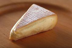 Nicasio Square (Nicasio, Marin Co.) -- organic cow's-milk