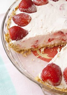 Frozen strawberry pie. Making this for Thanksgiving!