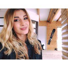 Alina Eremia - Gateste Mancare Buna la Stars TV Cosmopolitan, Long Hair Styles, Celebrities, Band, Beauty, Note, Celebs, Sash, Long Hairstyle
