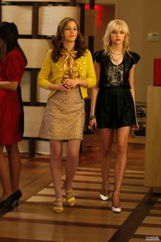 my style is either blair waldorf, or jenny humphrey gone bad. I cant choose a side. they are both so fun.