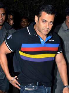 Did Salman Slap His Fan?