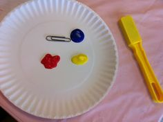 Magnet Painting! such a cool science activity! Put paint on a paper plate, place a paper clip on the plate move a magnet under the plate through the paint, so neat!!