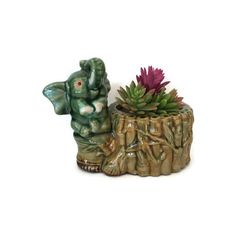 Vintage Planter Lucky Elephant Mid Century Pottery Green Hand Painted... ($25) ❤ liked on Polyvore featuring home, home decor, ceramic home decor, glazed pottery planters, ceramic planters, green planters and green ceramic planter