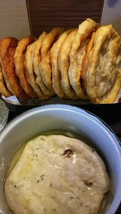 Helenkine dobroty - Kváskové lángoše nemiesené Bread Recipes, Cooking Recipes, How To Make Bread, Mashed Potatoes, Food And Drink, Cheese, Chicken, Baking, Cake