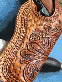 Items similar to Tooled holster 1911 floral Sheridan on Etsy Leather Carving, Leather Art, Leather Pieces, Tooled Leather, Leather Craft Tools, Leather Projects, Leather Crafts, Leather Tooling Patterns, Leather Pattern