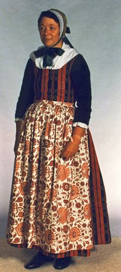 The style of dress another pinner's ancestors wore while living in #Thisted , #Denmark (Nordvestjylland) #folkdress