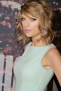 Tay looking gorgeous last night!