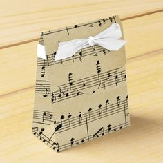 Music Wedding Invitations, Wedding Music, Themed Wedding Cakes, Wedding Themes, Piano Gifts, Sheet Music Crafts, 60th Birthday Cakes, Gift Wraping, Beach Wedding Photos