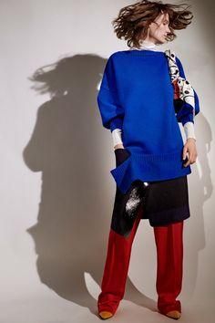 Sonia Rykiel Resort 2020 Fashion Show Collection: See the complete Sonia Rykiel Resort 2020 collection. Look 25 Sonia Rykiel, Vogue Russia, Fashion Show Collection, Fashion Week, Colorful Fashion, Boss Lady, Knitwear, Personal Style, My Style