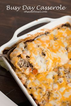 This casserole is perfect for your busy day! Cheesy Beef and Rice Casserole