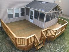 Deck and screened in back porch. I would love to add a deck around our back porch. Screened Porch Designs, Screened In Deck, Screened Porches, Small Porches, Decks And Porches, Small Sunroom, Back Patio, Backyard Patio, Porch And Patio