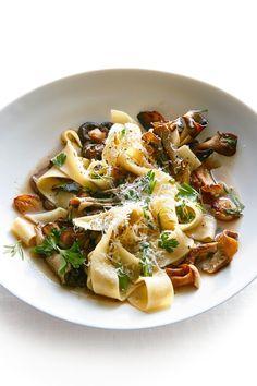 Baked Mushrooms, Wild Mushrooms, Stuffed Mushrooms, Pappardelle Recipe, Pappardelle Pasta, Spaghetti Recipes, Pasta Recipes, Cooking Recipes, Cooking Tips