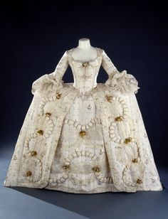 robe a la francaise costume fashion rococo 18th century beauty