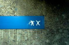 KOPFLOS - HEADLESS, U-Bahnhof Münchner Freiheit, Schwabing, München, Deutschland, Foto: HungryBackspace