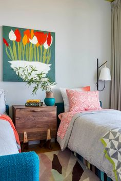 Linen bedding and large sconce in the kids room   | Usual House